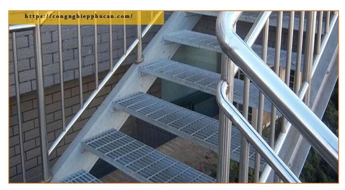 bậc cầu thang grating có thể tháo rời